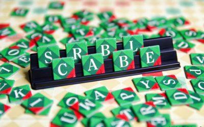 Grabstein-Scrabble